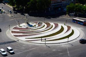 _Plaza de Legazpi DSC8664 (1) (2)